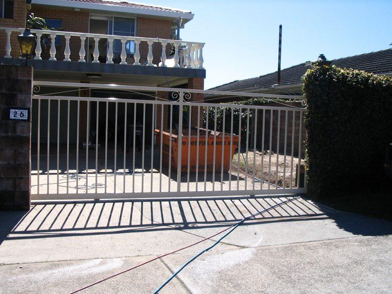 Gate-32